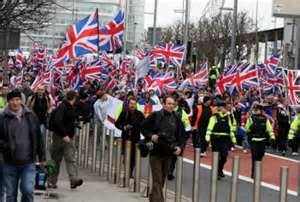 The PSNI escorts Loyalist protest to Belfast city centre
