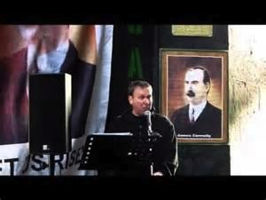 Jim Slaven (JCS) comperes Republic Day commemoration at the James Connolly plaque in the Cowgate, Edinburgh